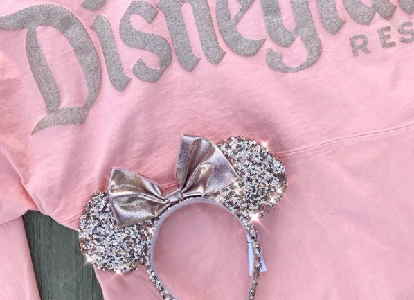 get ready to sparkle rose gold minnie ears are coming to shop disney. Black Bedroom Furniture Sets. Home Design Ideas