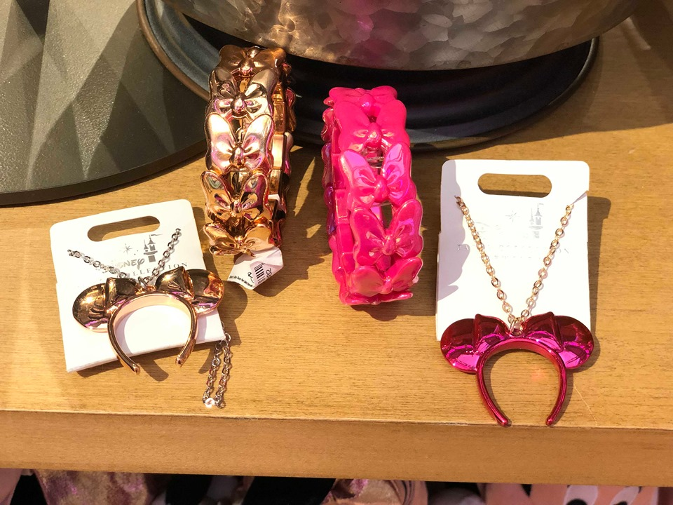 Minnie Mouse Color Trend Jewelry