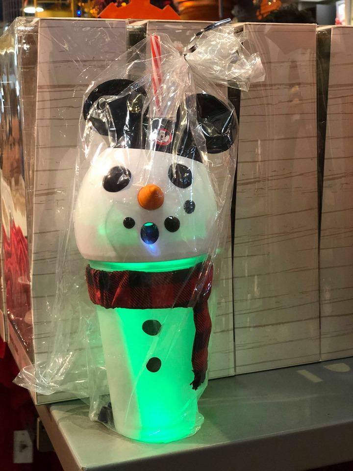 Mickey Snowman Cup