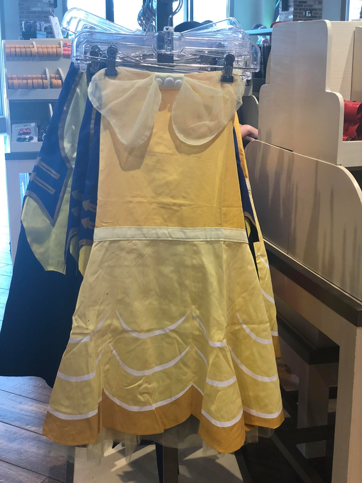 Disney Aprons And Oven Mitts