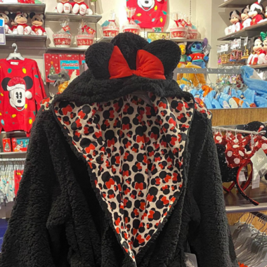 Minnie Mouse Robe