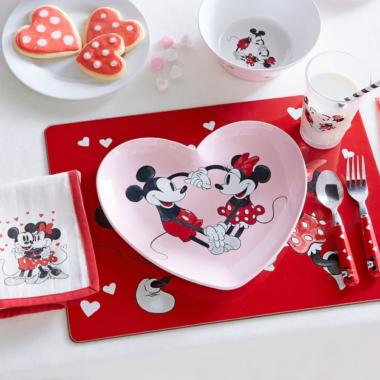 Mickey Valentines Line
