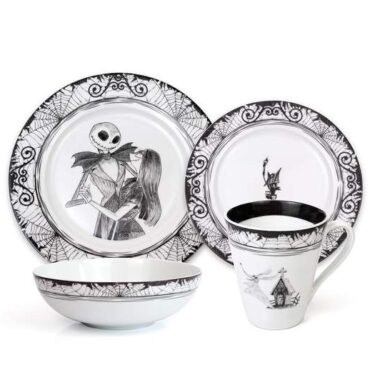 The Nightmare Before Christmas Dinnerware