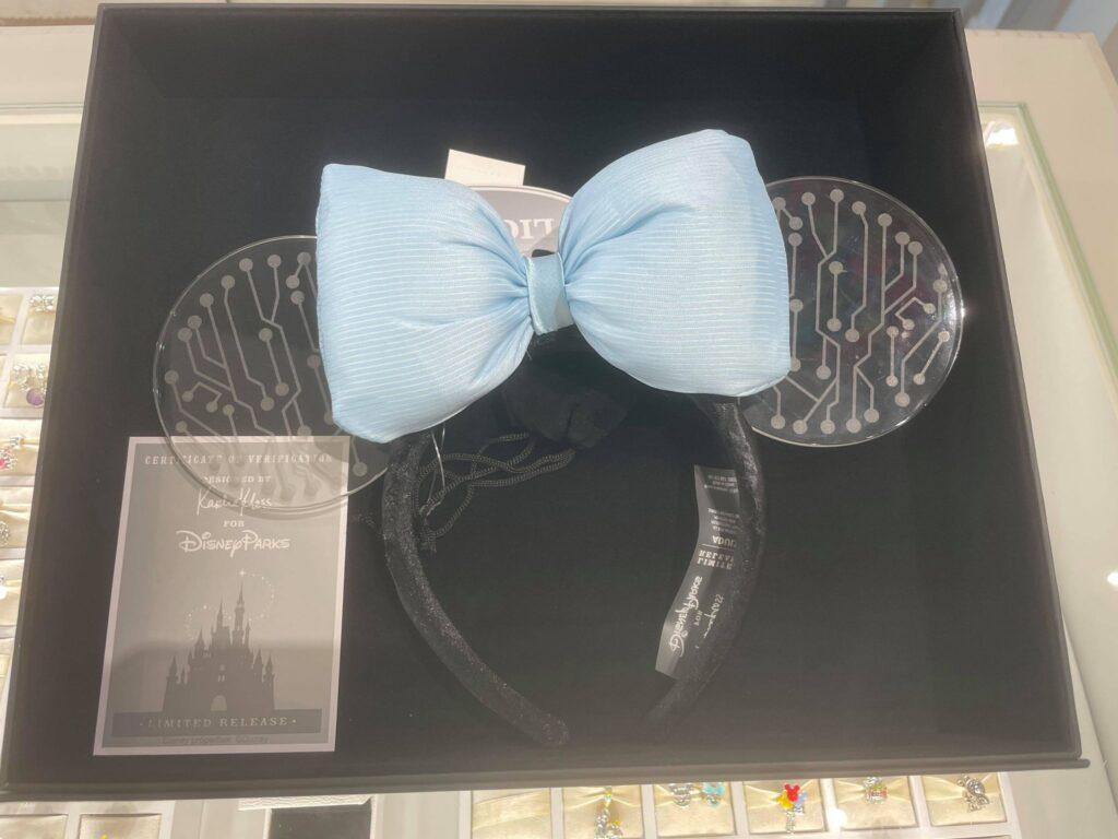 Fabulous Karlie Kloss Ears